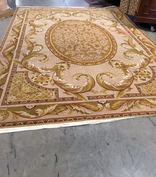 Couristan Rug 12'x17' $1500.00